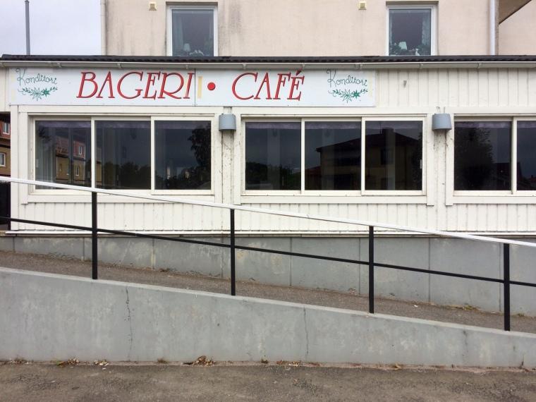 Ett nedlagt café i centrala Karlsborg.